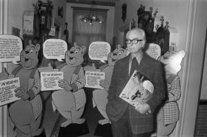 Marten toonder bij boekpresentatie 12 oktober 1973 in Nederhorst. Fotocollectie Anefo
